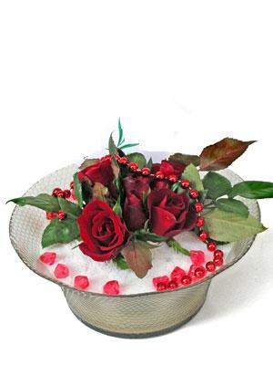 Hakkari internetten çiçek siparişi  EN ÇOK Sevenlere 7 adet kirmizi gül mika yada cam tanzim