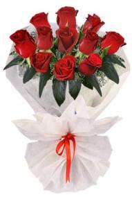 11 adet gül buketi  Hakkari çiçekçiler  kirmizi gül