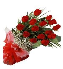 15 kırmızı gül buketi sevgiliye özel  Hakkari İnternetten çiçek siparişi