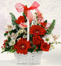 Karışık rengarenk mevsim çiçek sepeti  Hakkari çiçekçiler