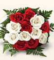 Hakkari çiçek satışı  10 adet kirmizi beyaz güller - anneler günü için ideal seçimdir -