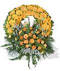 cenaze çiçegi celengi cenaze çelenk çiçek modeli  Hakkari İnternetten çiçek siparişi