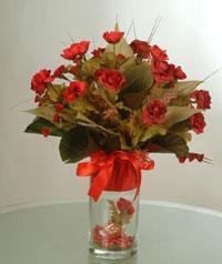 yapay güllerden vazo  9 gül  Hakkari cicekciler , cicek siparisi