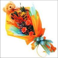 ayicik gül ve kir çiçekleri   Hakkari hediye çiçek yolla