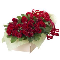 19 adet kirmizi gül buketi  Hakkari kaliteli taze ve ucuz çiçekler