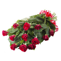 11 adet kirmizi gül buketi  Hakkari güvenli kaliteli hızlı çiçek