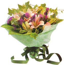 karisik mevsim buketi anneler günü ve sevilenlere  Hakkari hediye çiçek yolla
