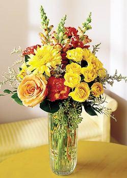 Hakkari uluslararası çiçek gönderme  mika yada cam içerisinde karisik mevsim çiçekleri