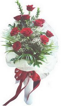 Hakkari ucuz çiçek gönder  10 adet kirmizi gülden buket tanzimi özel anlara