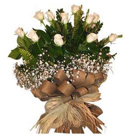 Hakkari çiçek gönderme  9 adet beyaz gül buketi