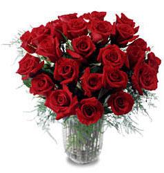 Hakkari İnternetten çiçek siparişi  11 adet kirmizi gül cam yada mika vazo içerisinde