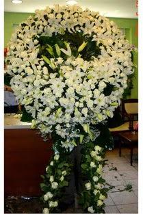 Cenaze çelenk , cenaze çiçekleri , çelengi  Hakkari çiçekçi telefonları