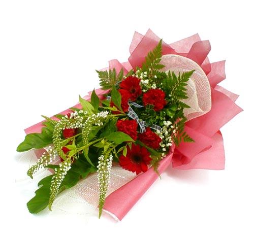 Karisik çiçek buketi mevsim buket  Hakkari çiçekçi mağazası