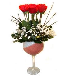 Hakkari internetten çiçek satışı  cam kadeh içinde 7 adet kirmizi gül çiçek