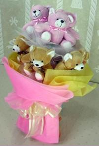 8 adet ayiciktan buket  Hakkari online çiçek gönderme sipariş
