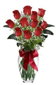 11 adet kirmizi gül vazo mika vazo içinde  Hakkari uluslararası çiçek gönderme