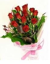 11 adet essiz kalitede kirmizi gül  Hakkari 14 şubat sevgililer günü çiçek