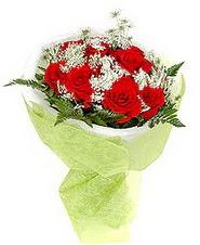 Hakkari çiçek satışı  7 adet kirmizi gül buketi tanzimi