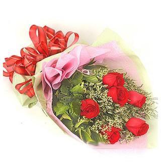 Hakkari çiçek satışı  6 adet kırmızı gülden buket