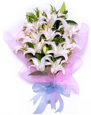 5 dal kazablankadan muhteşem buket  Hakkari ucuz çiçek gönder
