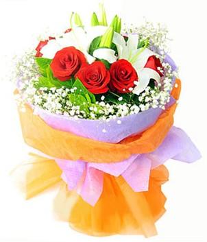 Hakkari İnternetten çiçek siparişi  1 dal kazablanka 7 adet kırmızı gül buketi