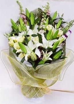 Hakkari çiçek online çiçek siparişi  3 adet kazablankalardan görsel buket çiçeği