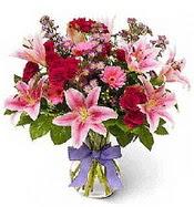 Vazo içerisinde karışık mevsim çiçeği  Hakkari çiçekçi mağazası