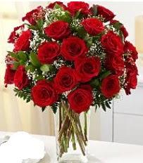 Vazo içerisinde 33 adet kırmızı gül  Hakkari online çiçek gönderme sipariş