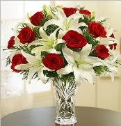 12 adet kırmızı gül 2 dal kazablanka vazosu  Hakkari çiçekçi telefonları
