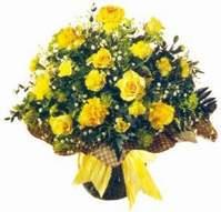 Hakkari çiçek satışı  Sari gül karanfil ve kir çiçekleri
