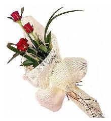 3 adet kırmızı gül buketi  Hakkari kaliteli taze ve ucuz çiçekler