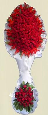 Çift katlı kıpkırmızı düğün açılış çiçeği  Hakkari 14 şubat sevgililer günü çiçek
