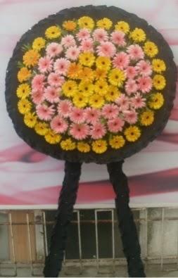 Görsel cenaze çiçeği  Hakkari internetten çiçek satışı