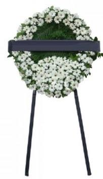 Cenaze çiçek modeli  Hakkari uluslararası çiçek gönderme