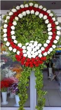 Cenaze çelenk çiçeği modeli  Hakkari 14 şubat sevgililer günü çiçek