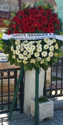 Cenaze çiçek modeli  Hakkari anneler günü çiçek yolla