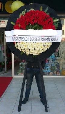 Cenaze çiçek modeli  Hakkari çiçekçi mağazası