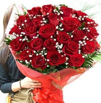 Kız isteme çiçeği buketi 33 adet kırmızı gül  Hakkari İnternetten çiçek siparişi