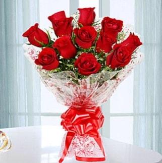 11 adet kırmızı gülden görsel şık buket  Hakkari çiçek , çiçekçi , çiçekçilik