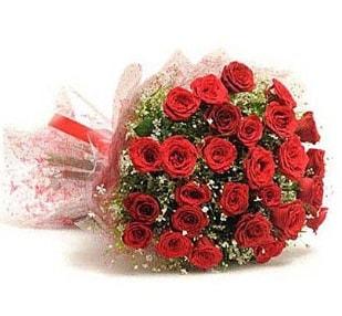 27 Adet kırmızı gül buketi  Hakkari çiçek , çiçekçi , çiçekçilik